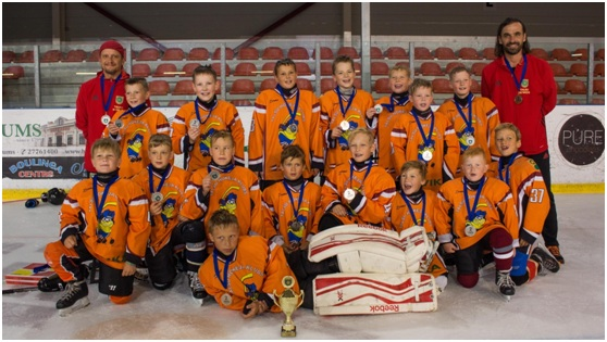 hokejs turn